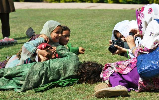 Photo Camps Showcase Khyber Pakhtunkhwa's Diverse People, Places