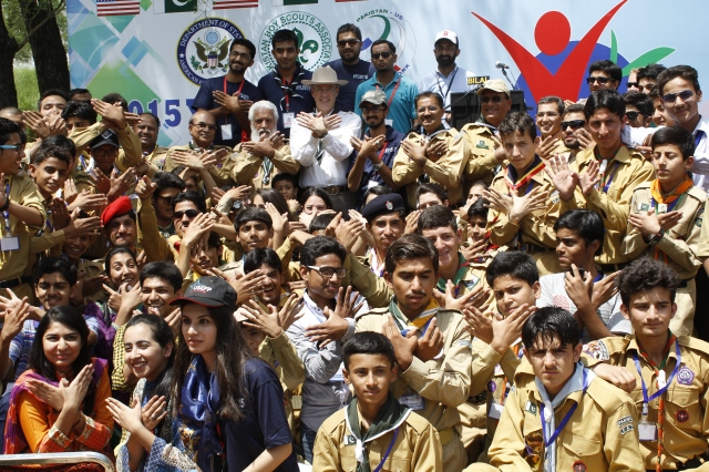 Young Leaders Scouts Bond with Nature during Camp